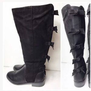 Torrid 8W Black Knee Boots Bows Wide Calf $80